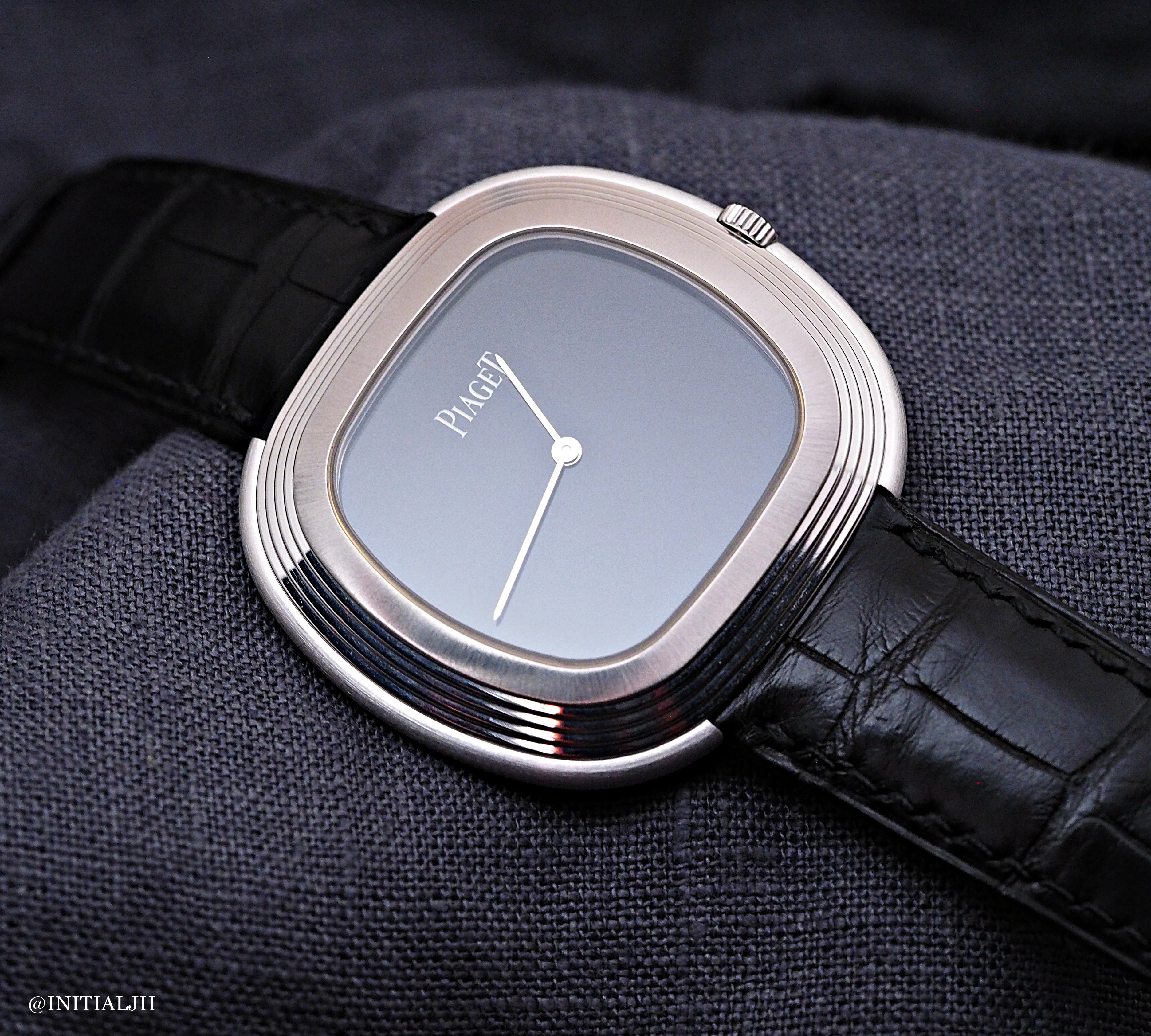 22d8998bf1e EXTREMELY PIAGET  Black Tie Vintage Inspiration – HOROLOGIUM