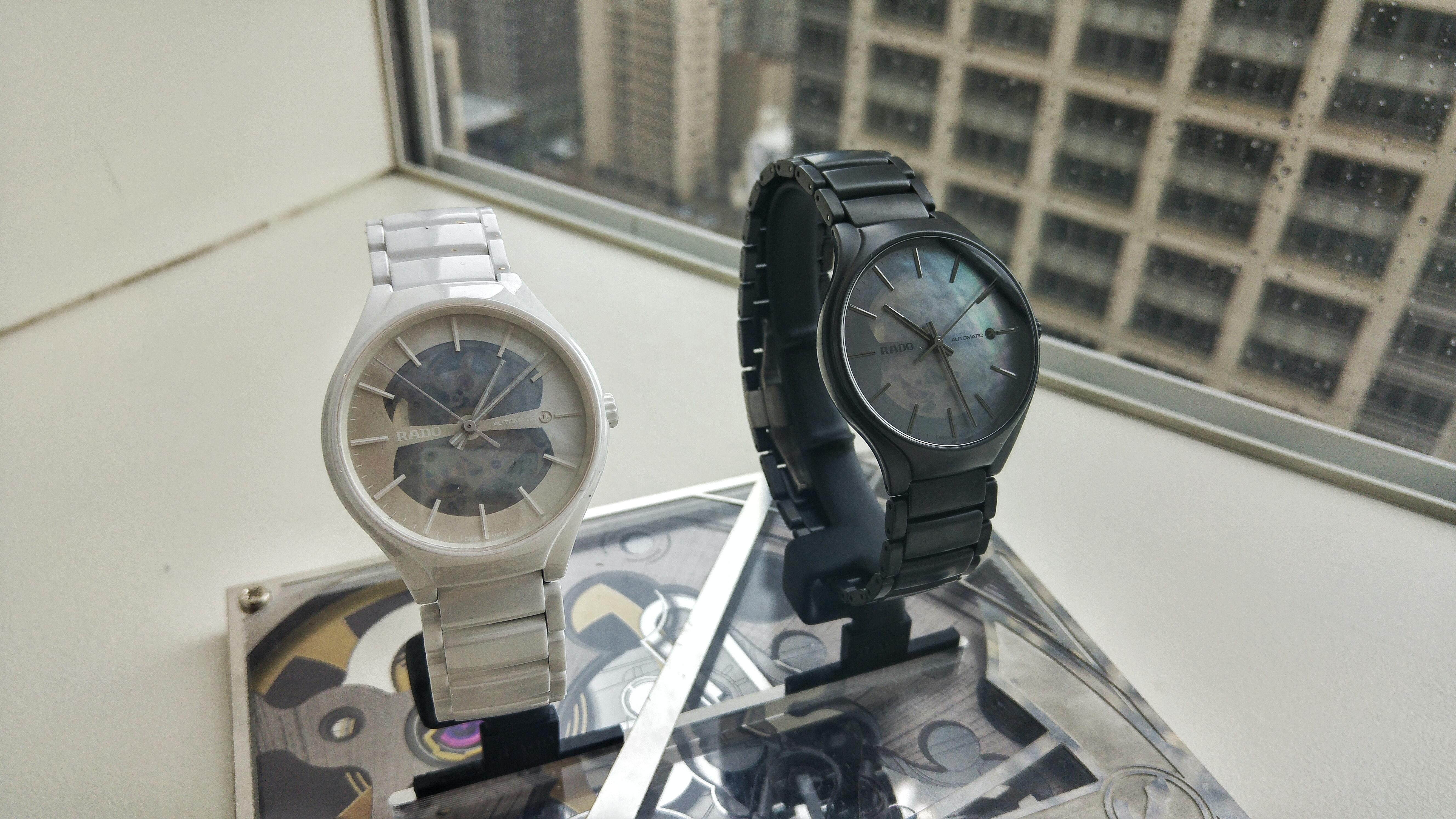 Швейцарские часы quartz infinity